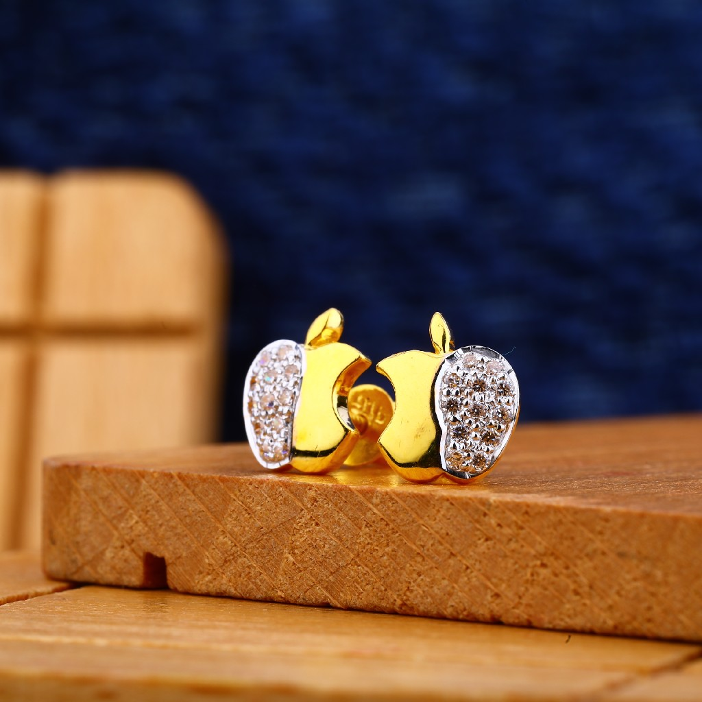 22kt Gold Sizzling Earring ME08