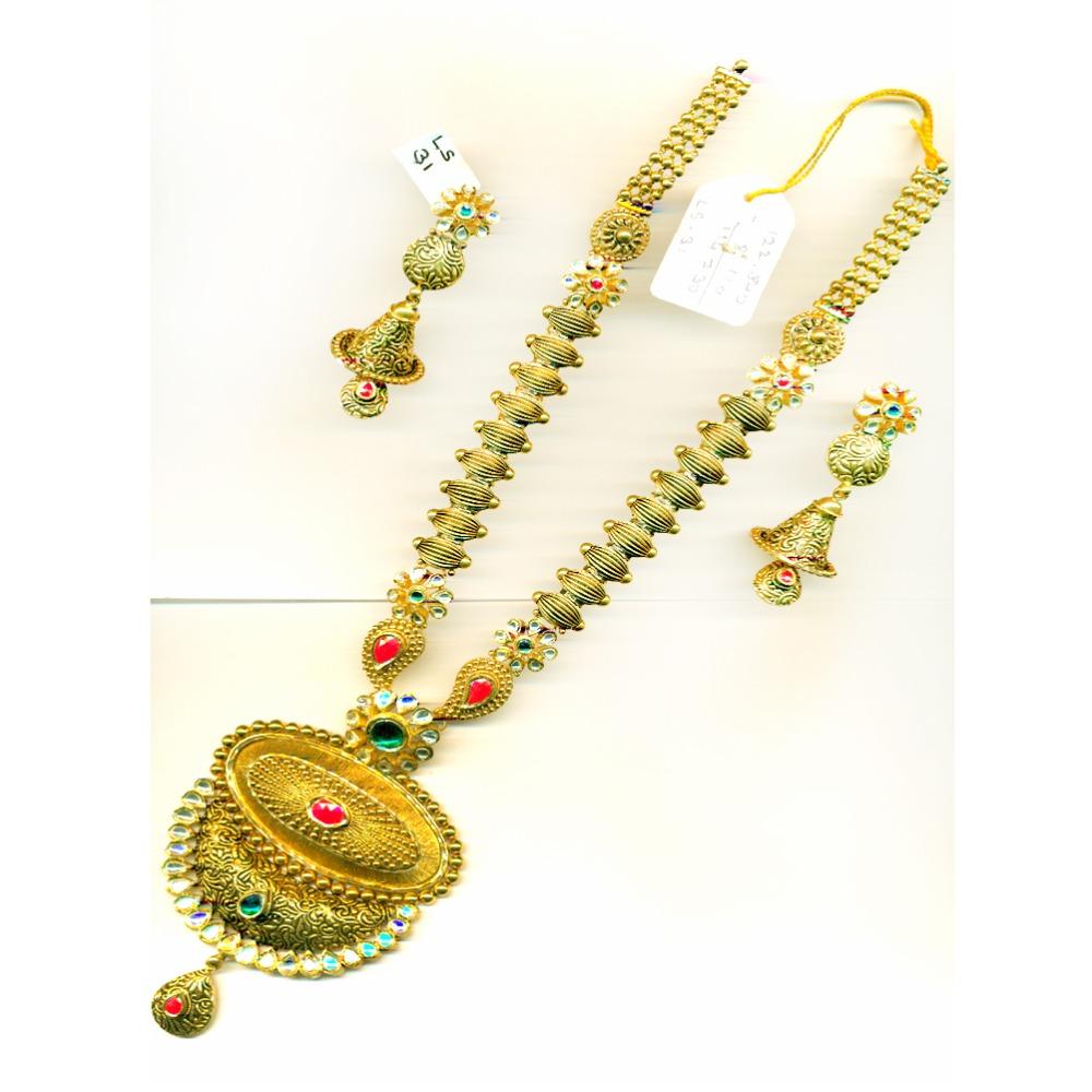916 Antique Gold Bridal Long Necklace Set With Heavy Pendant-25