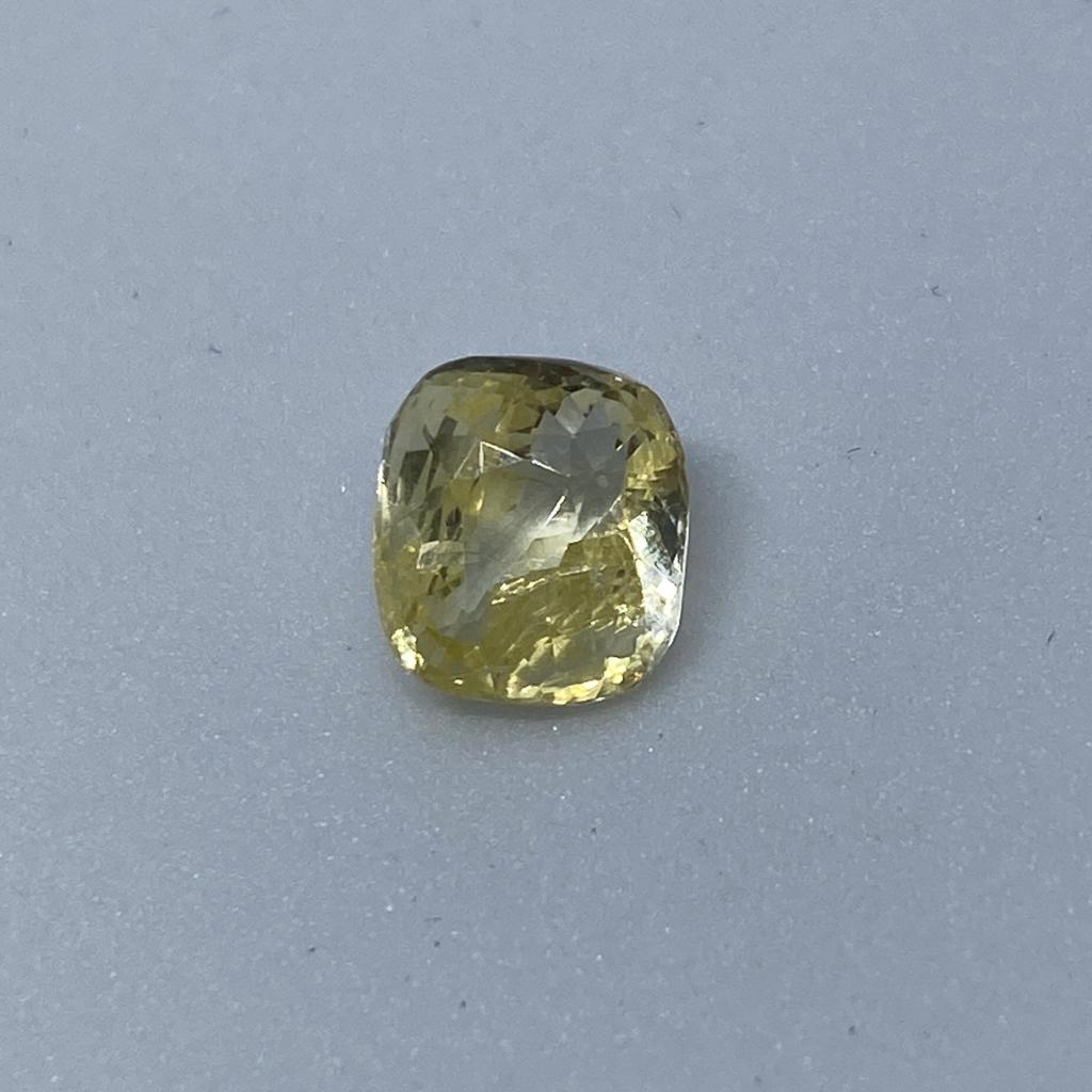 3.00ct cushion yellow yellow-sapphire-pukhraj