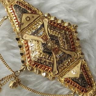 22k gold lockit affected design