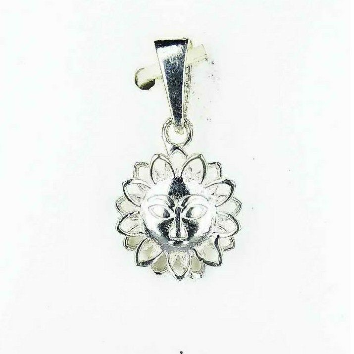 Light Weight Fancy 925 Silver Pendant With Sun Design
