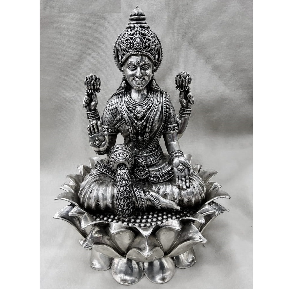 PURE SILVER IDOL OF GODDESS LAKSHMI IN 3D AND HIGH FINISH FEATURES