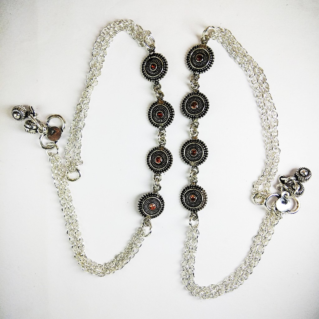 925 Silver Payal With Black Stones