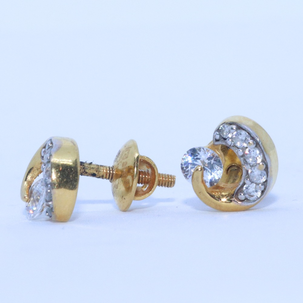 22KT / 916 Gold Small Delicate Round Shape Top Earring For Ladies BTG0119