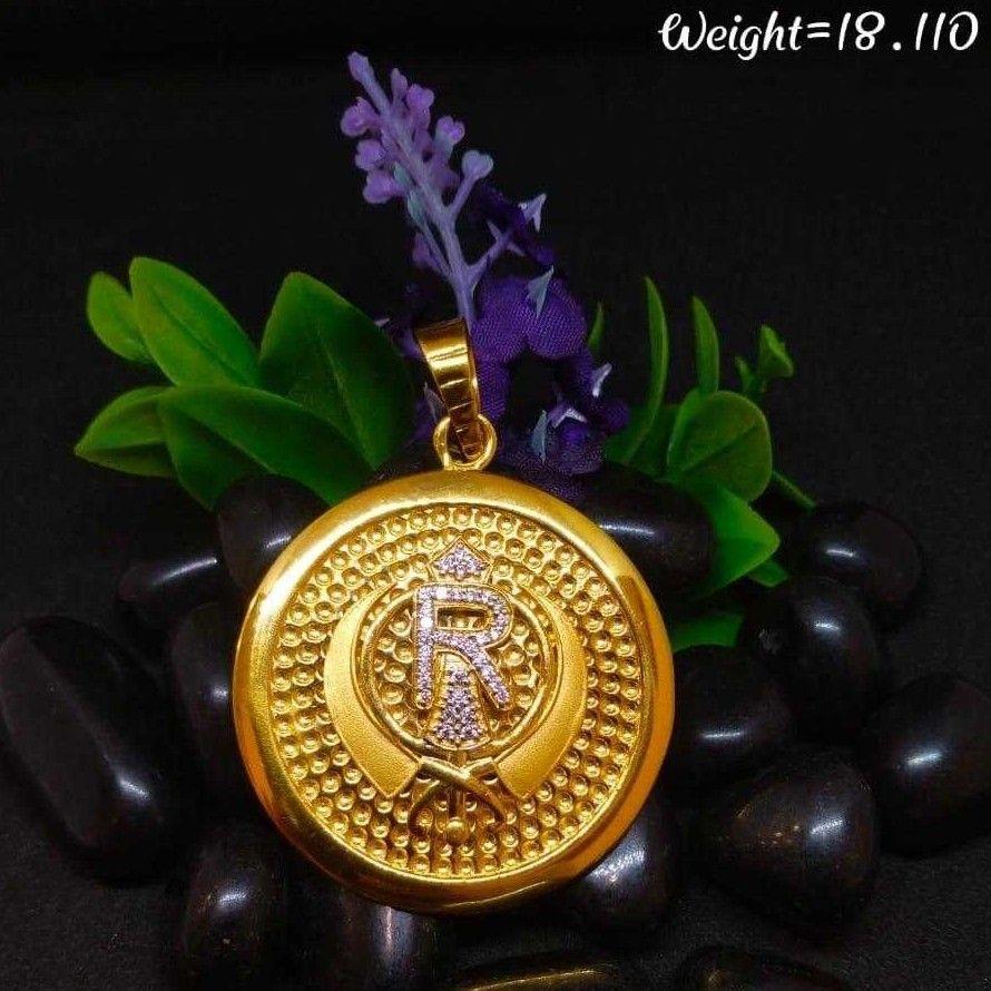 22K/916 Gold Designer Pendant