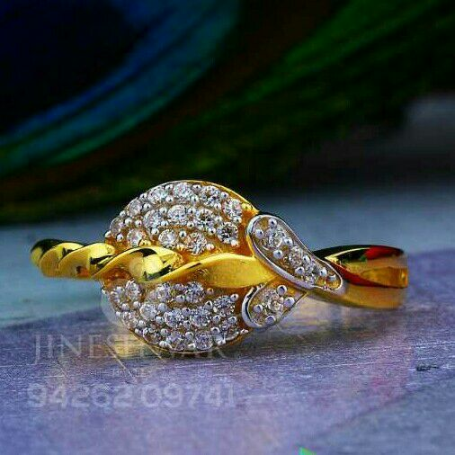 Attractive Cz Fancy Ladies Ring LRG -0044
