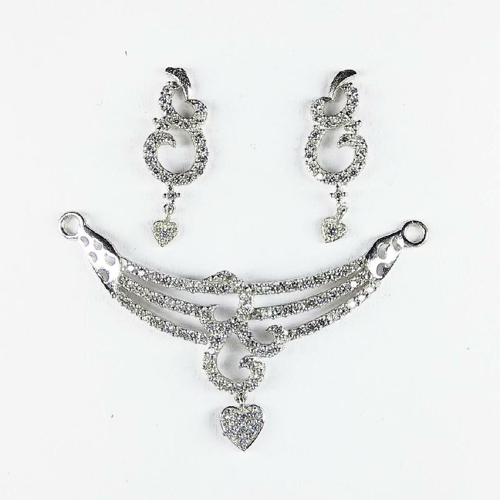 Light weight 925 silver mangalsutra pendant