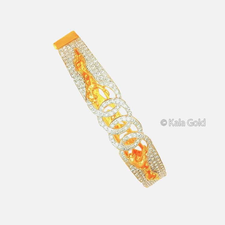 916 Gold Stylish Diamond CZ Kada Bangle