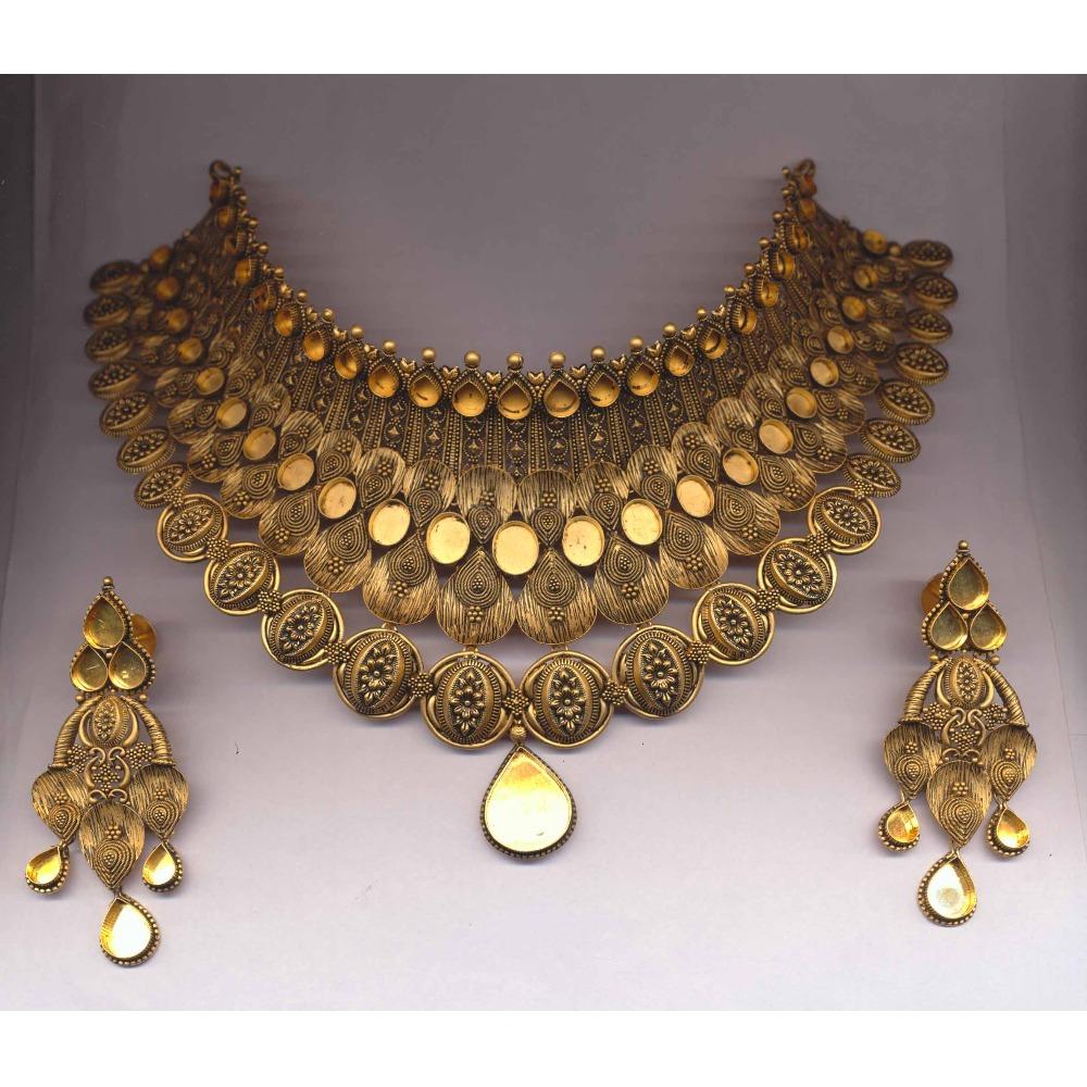22Kt Gold Hallmark Antique Khokha Choker Set