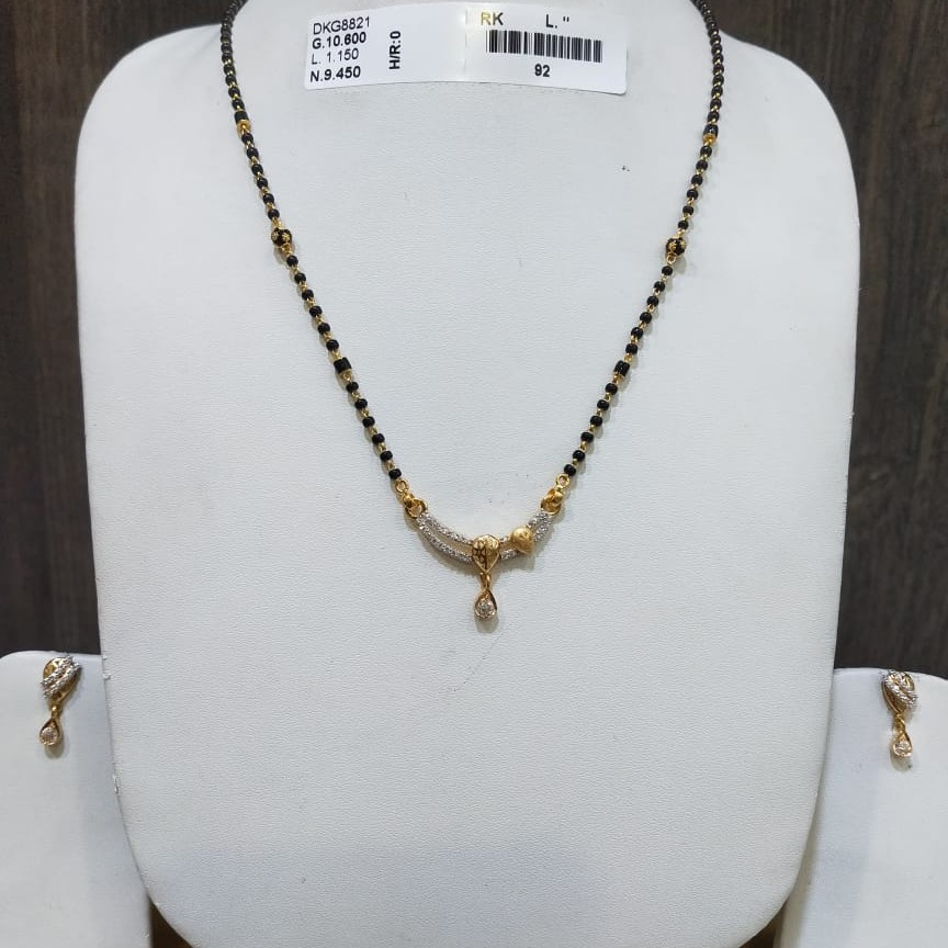 22KT/916 FANCY NAYESA MANGALSUTRA WITH BUTTI GMS-023