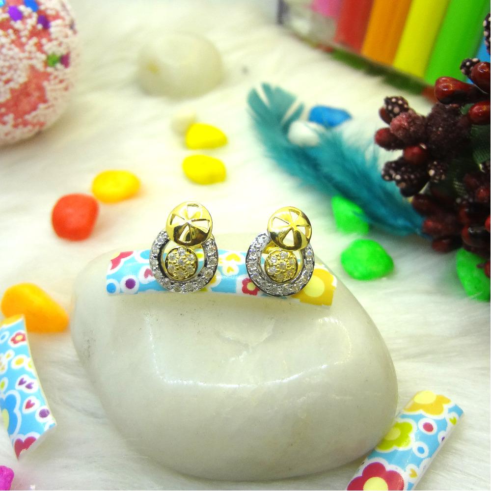916 GOLD CZ DIAMOND EARRINGS