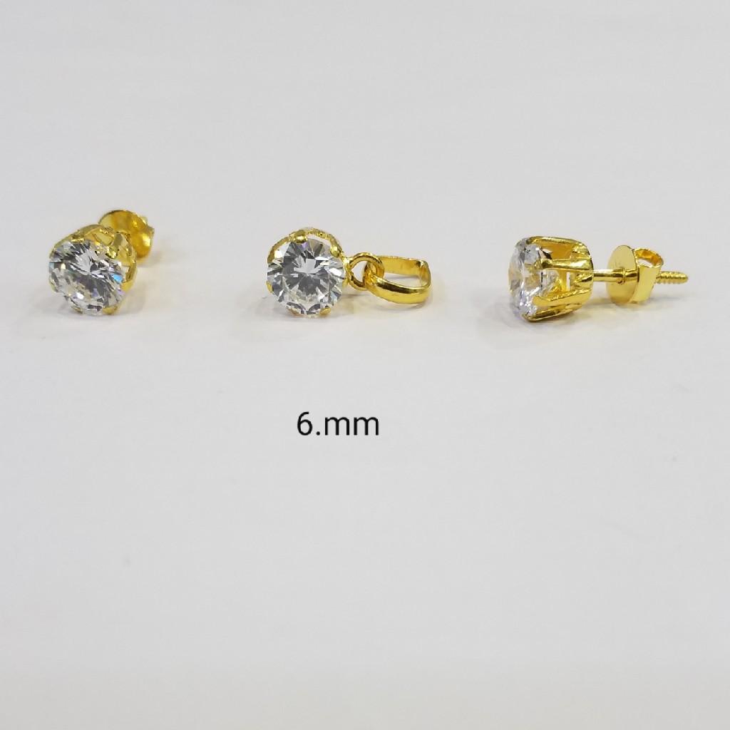 18kt gold c ston butti DT2466