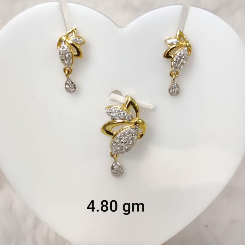 Light weight daily wear Cz pendant set for women
