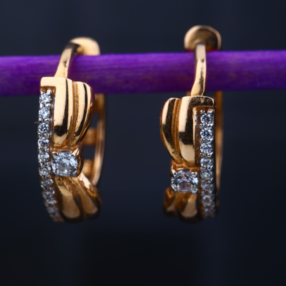 18KT Rose Gold Hallmark Stylish Design Earring