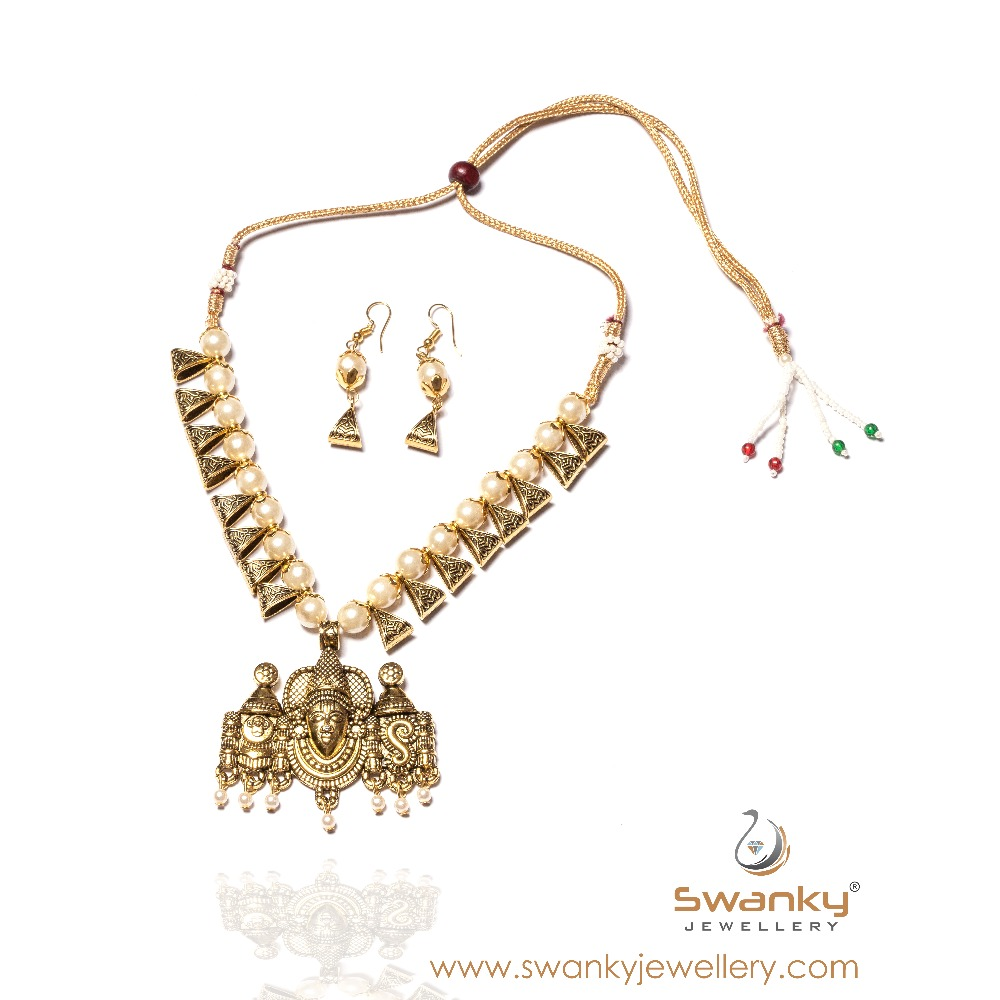 antique Pendant With white Pearl Necklace Set SJ-N008