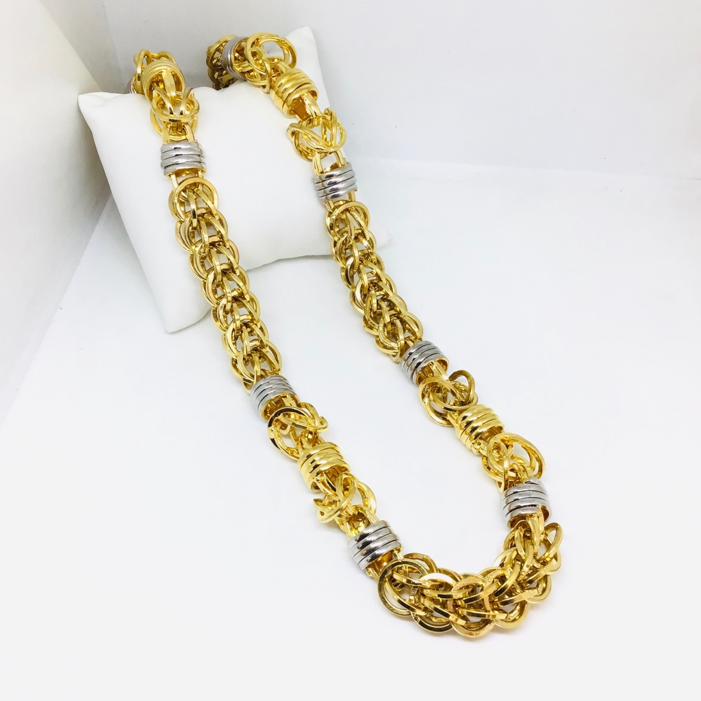 FANCY NEW BRANDED GOLD CHAIN
