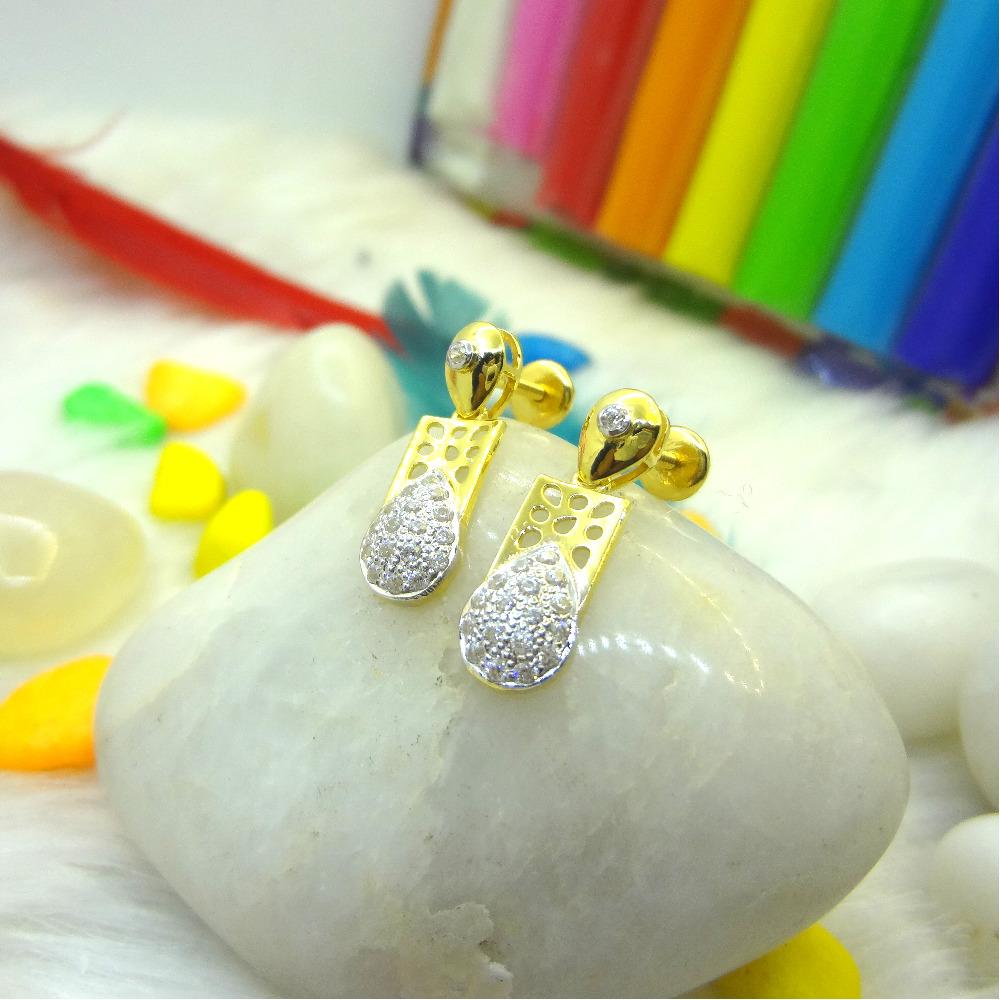 916 916 GOLD CZ DIAMOND EARRINGS