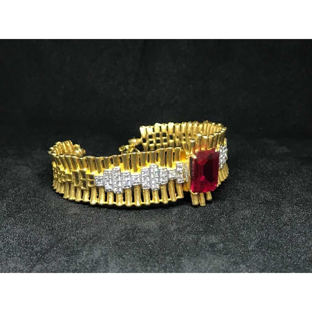 18k Ladies Fancy Gold Bracelet K-51046