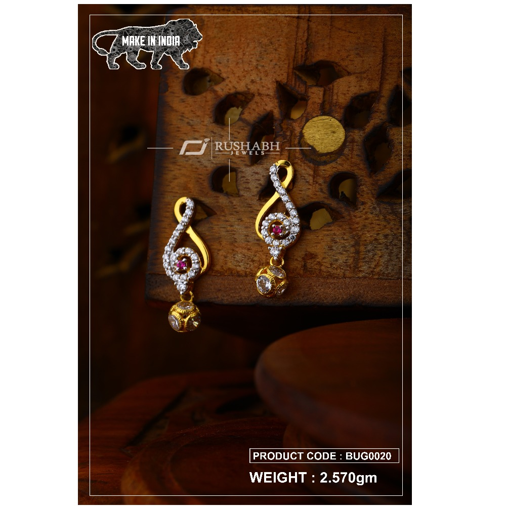 18 carat Gold ladies tops with ball red stone  bug0020