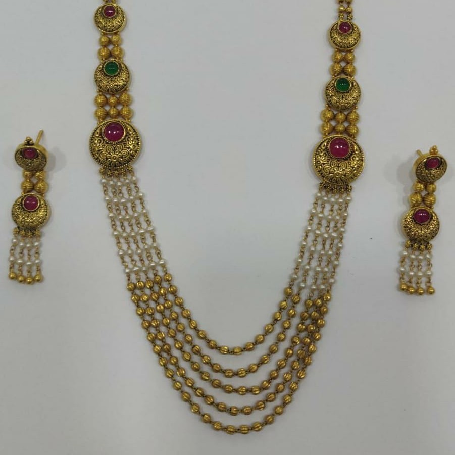22KT Gold Rare Collection Of Pearl Beads With Green Colour