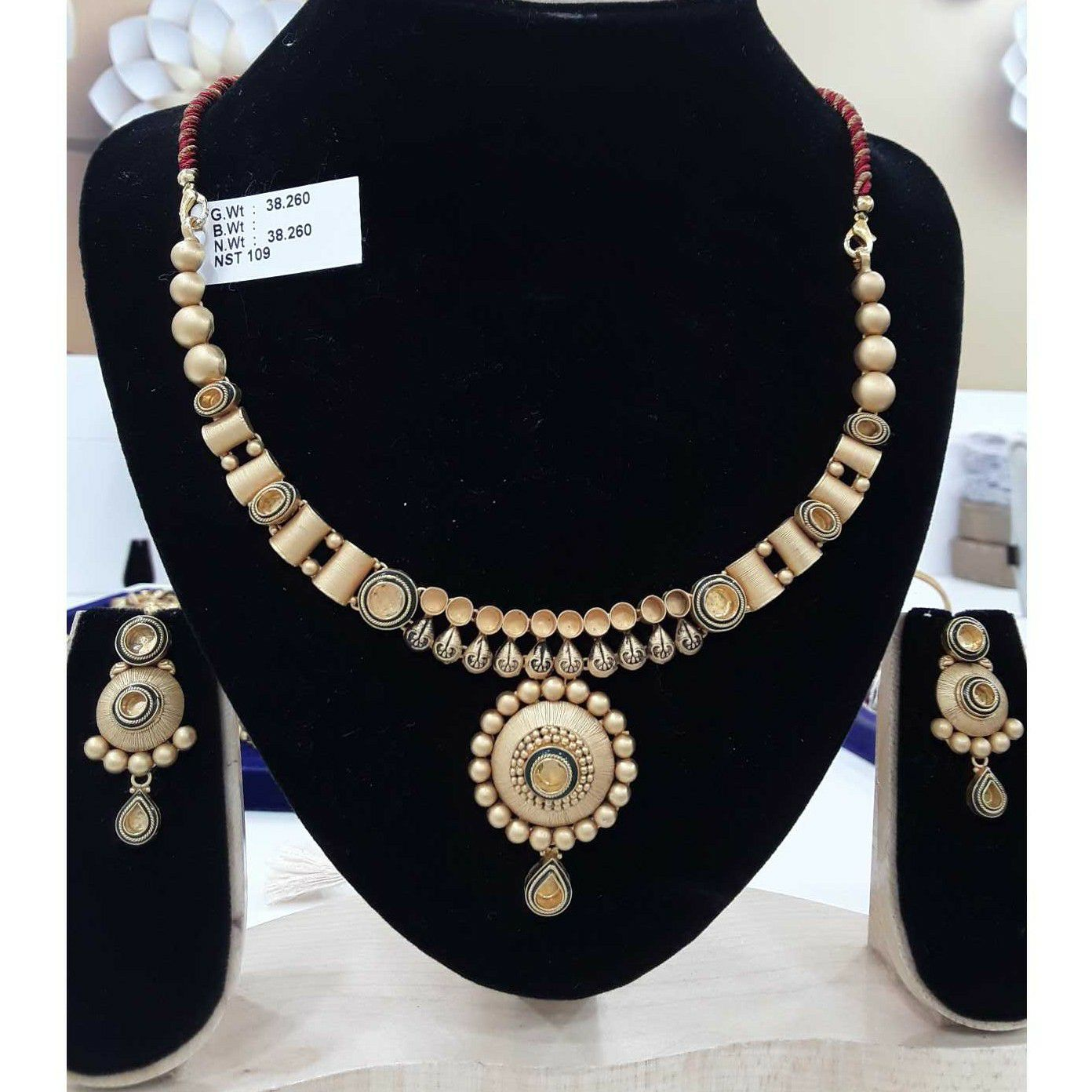 916 Antique Gold Jadtar Jewellery