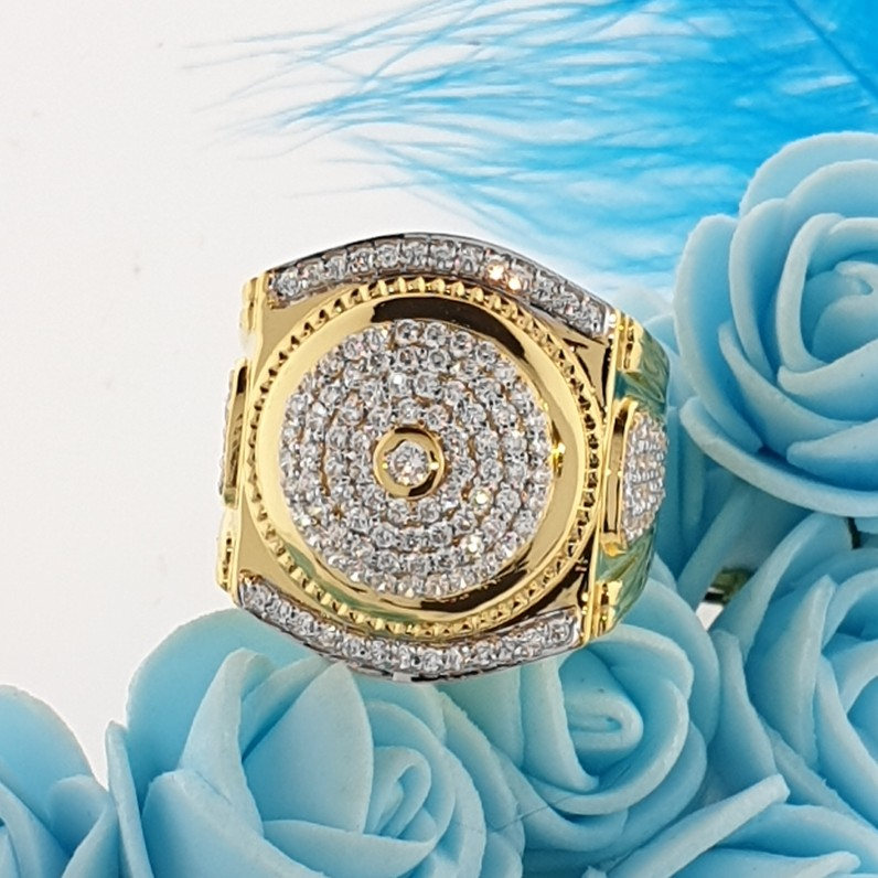 traditiona Gents ring