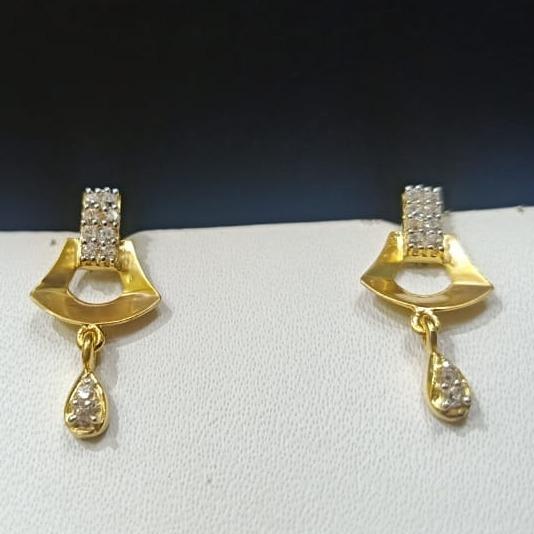 18CT Gold Traditional Design Earring Hallmark For Women