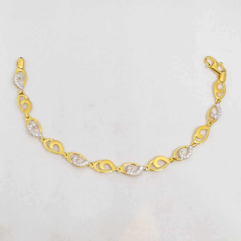22 KT 916 Hallmark Gold Daimond Fancy ladies party wear ring Bracelet