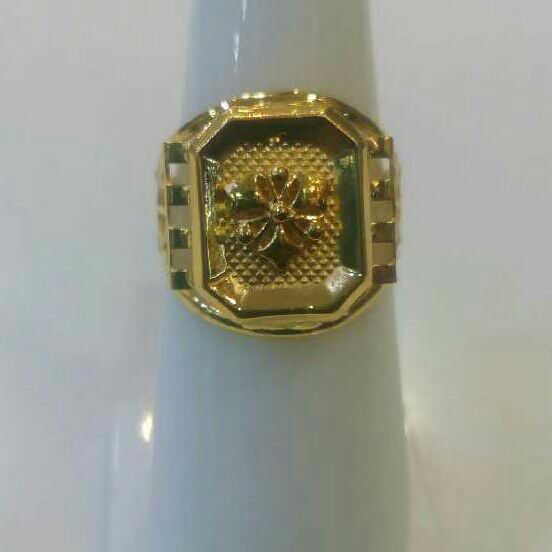 22K / 916 Gold Gents Designer modern Ring