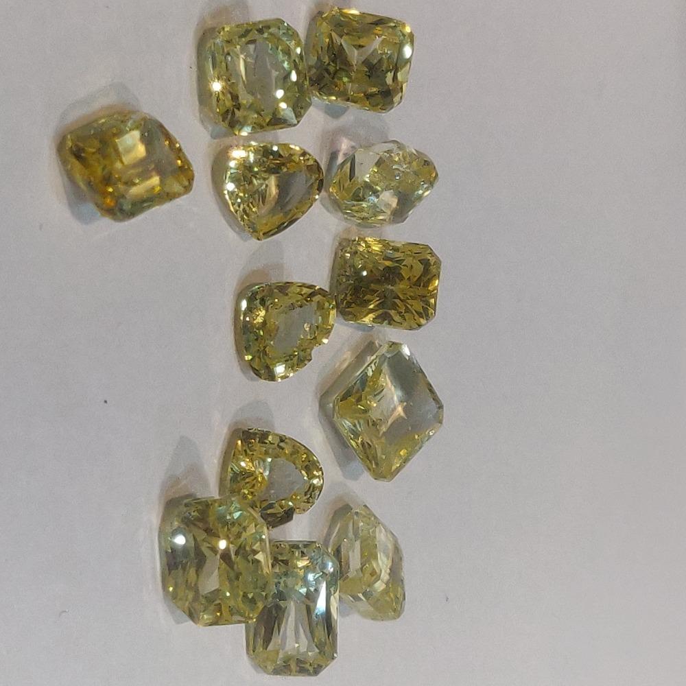 22.560ct cushion yellow yellow-sapphire-pukhraj
