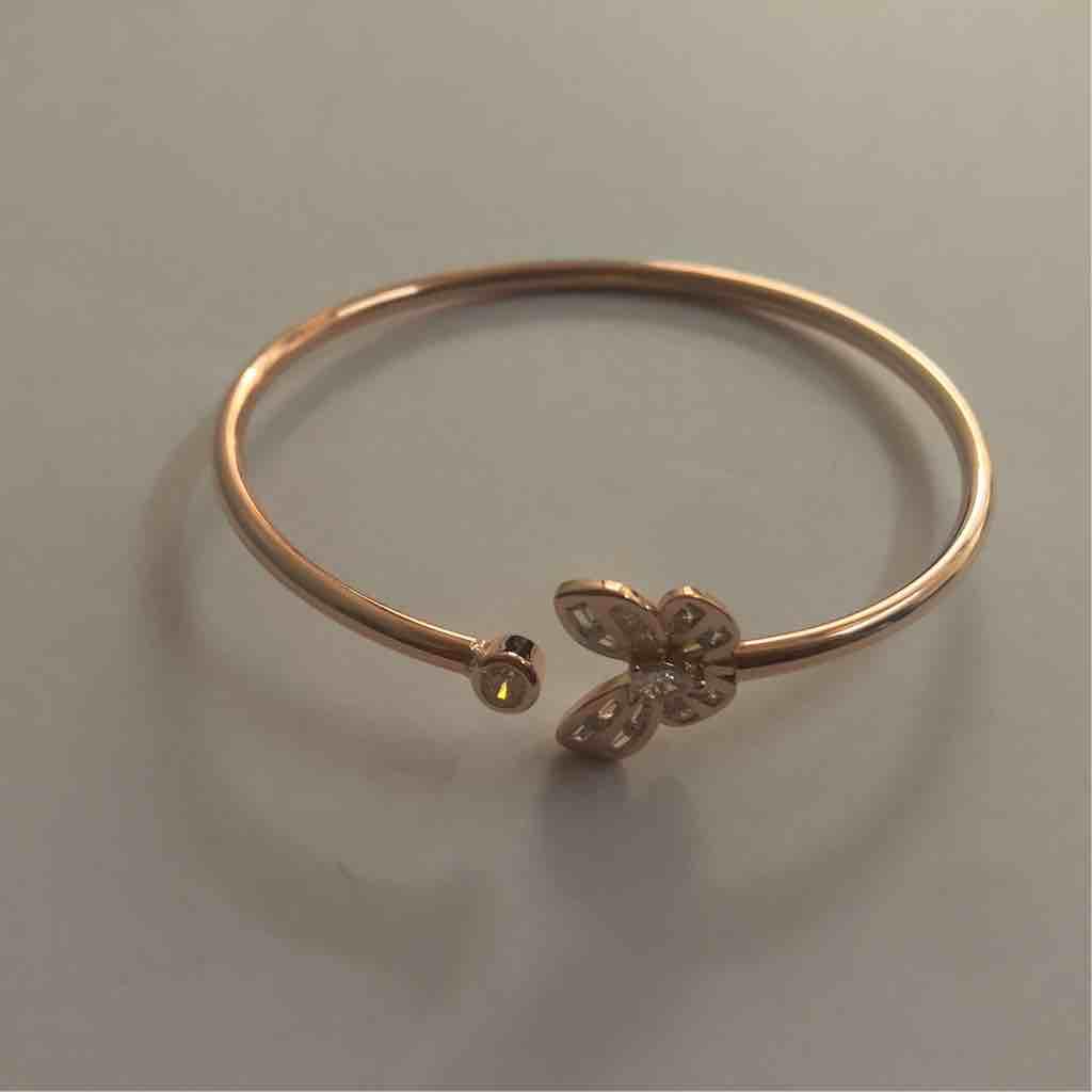 Butterfly shaped sterling silver kada