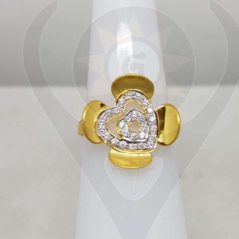 916 Gold Hallmark flower Heart Design Ring