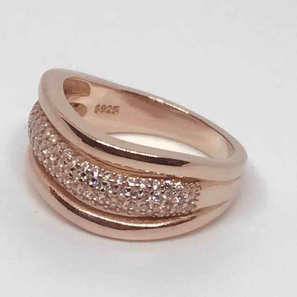 Ladies ring