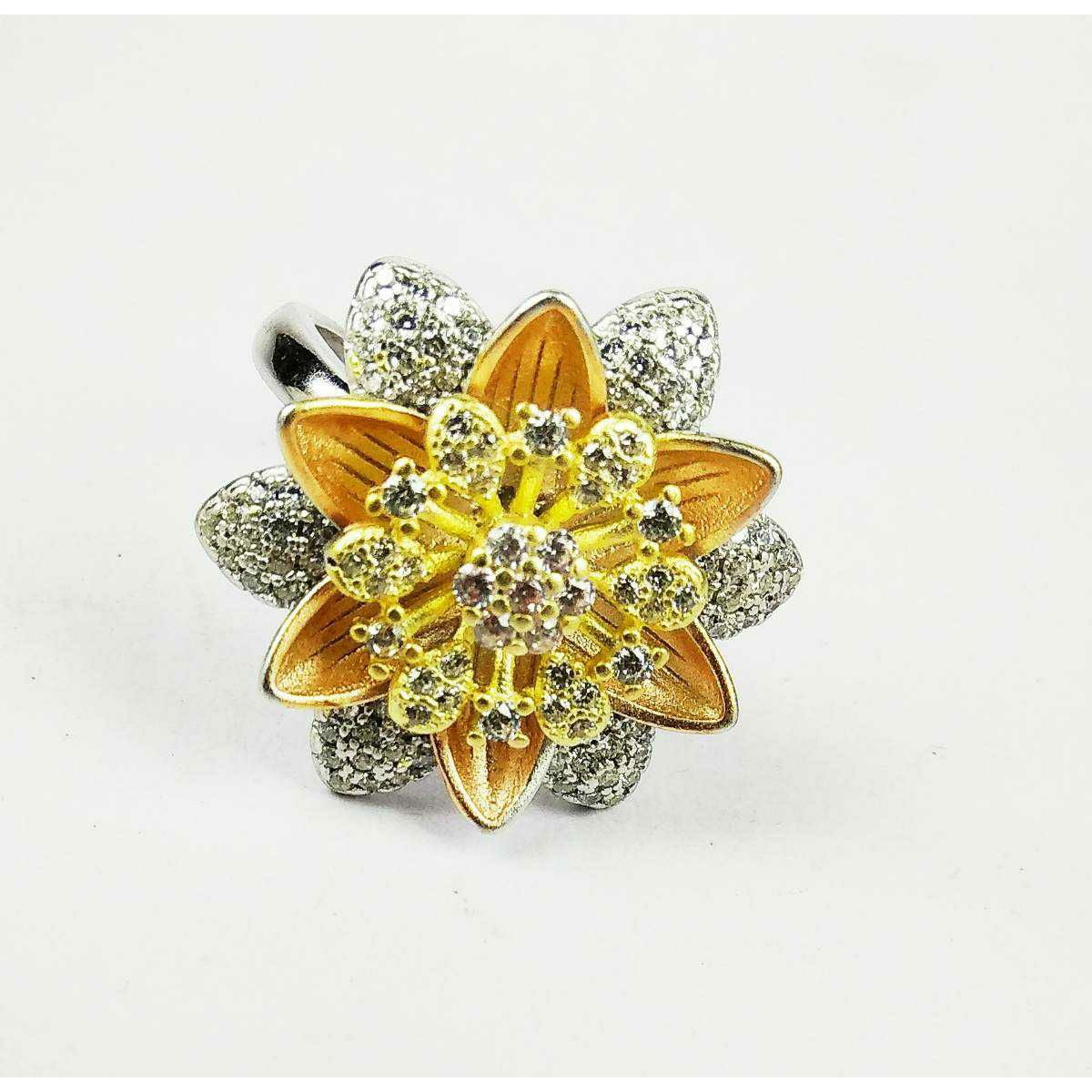 Fancy Designer 925 Ladies Ring With Beautiful Flower