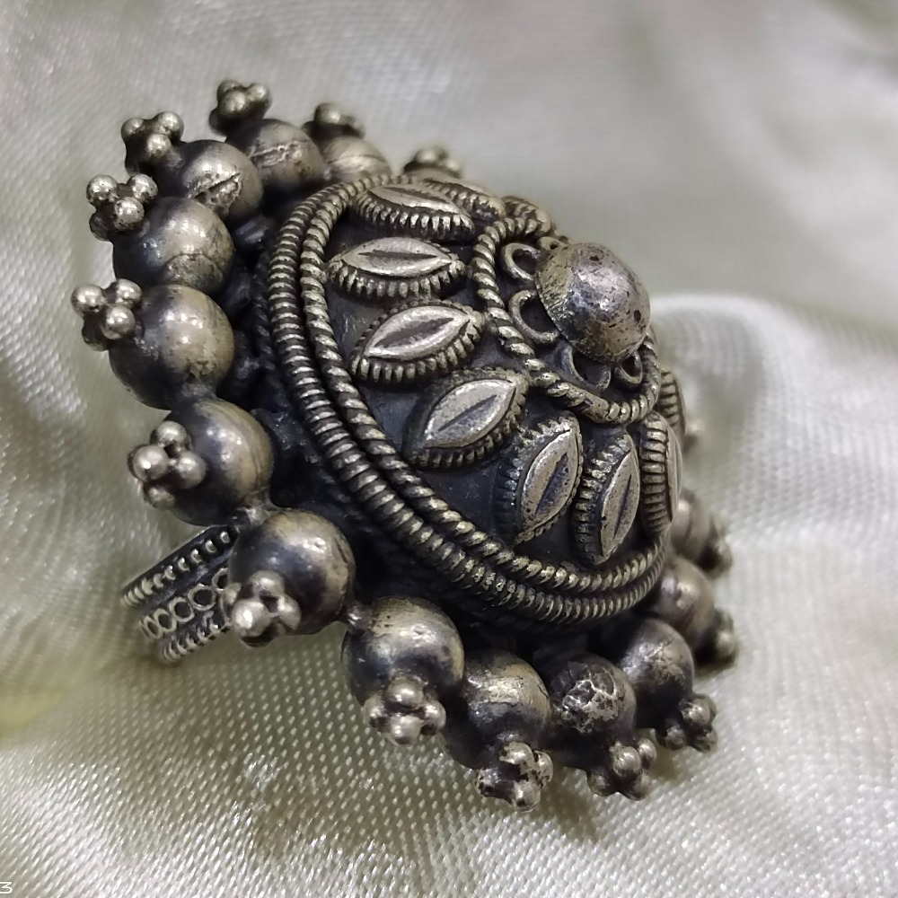 Puran high rise dome rajwada ladies ring in pure silver (adjustable)