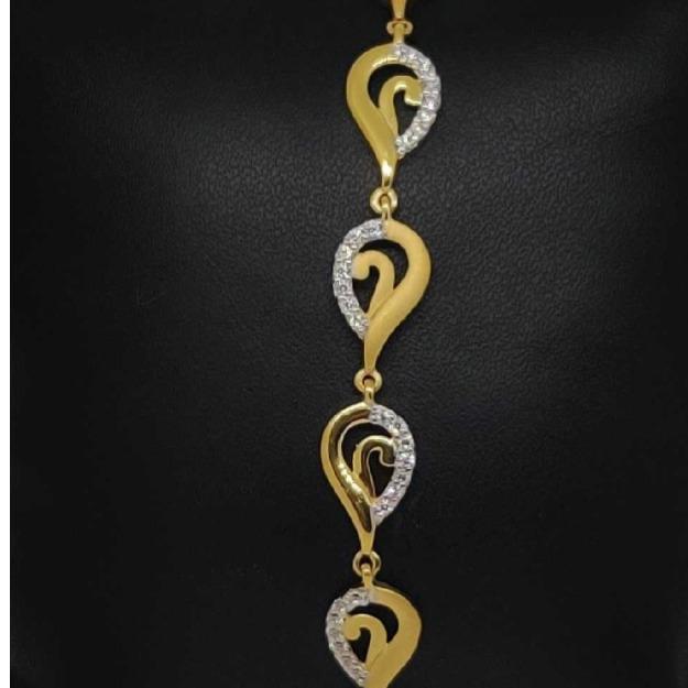 22 carat gold classical ladies bracelet RH-LB572
