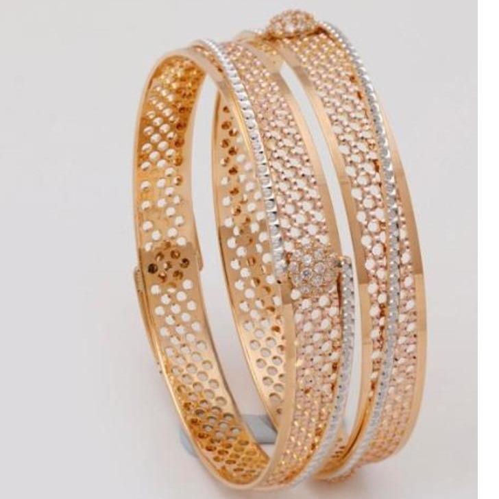 22 kt 916 gold fancy bangle