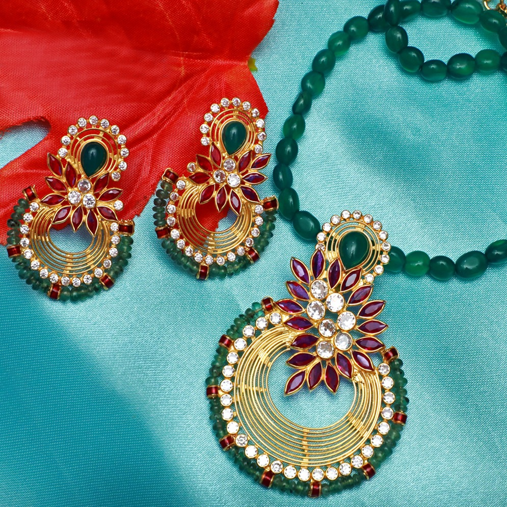 916 Gold Attractive Colour stone Necklace Set PJ-N003