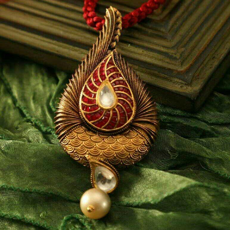 22K / 916 Gold Antique Jadtar Earrings