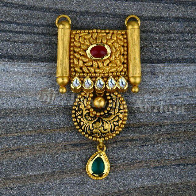 Antique Jadtar 22k 916 Mangalsutra Pendant In Semi Jesalmeri Style