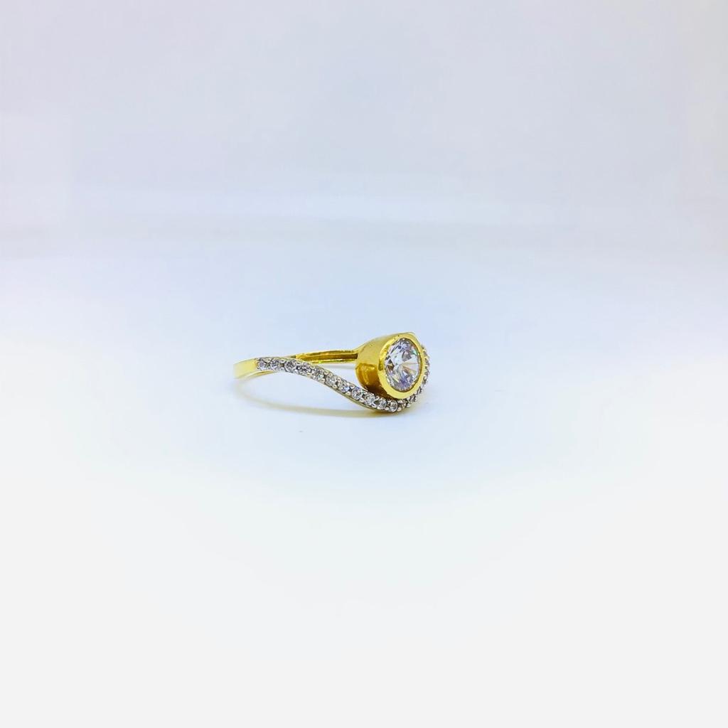 DESIGNING FANCY GOLD RING