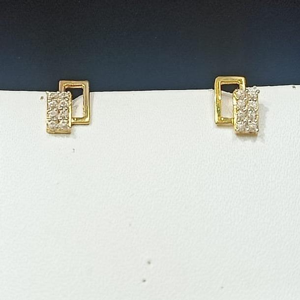 18CT Gold Classic Design Hallmark Earring