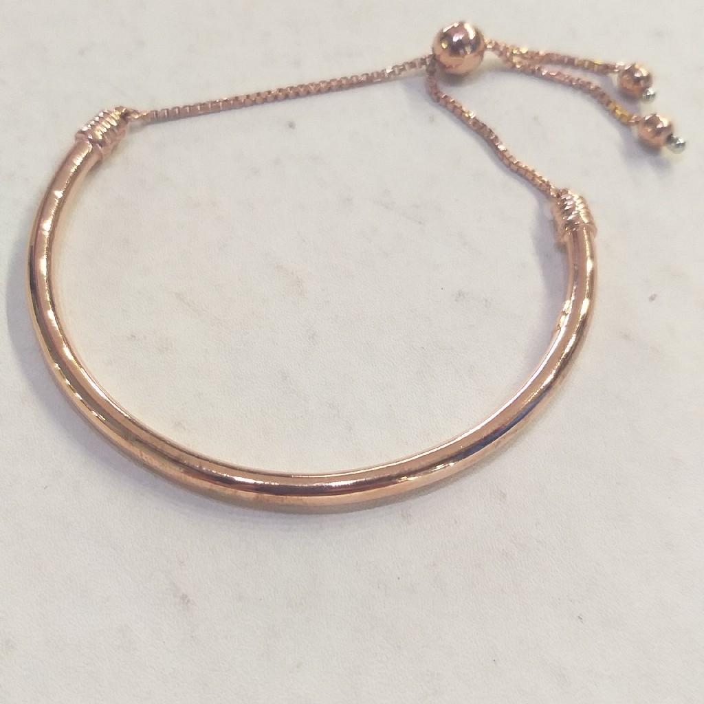 ladies fashionable Bracelet in Rose Gold