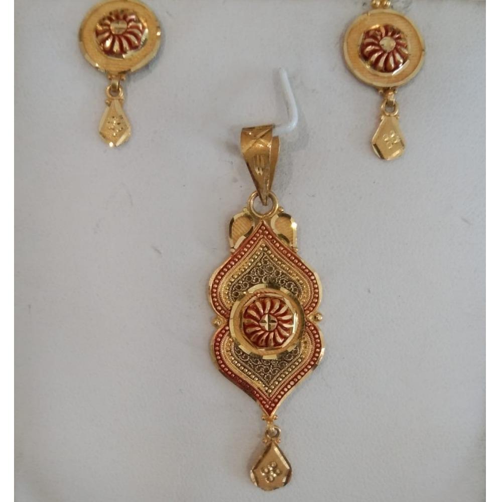 916 Gold Wedding Wear Pendant Set