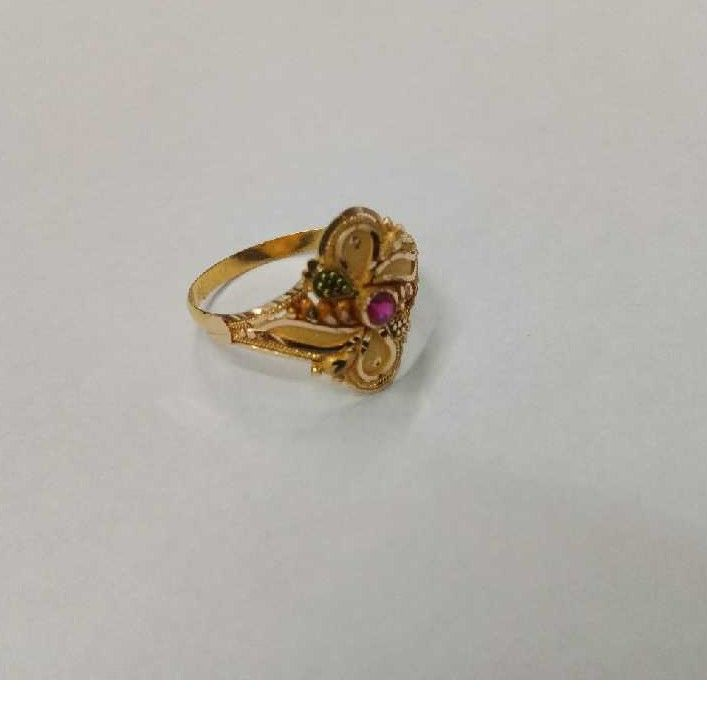 18kt Gold Ladies Ring