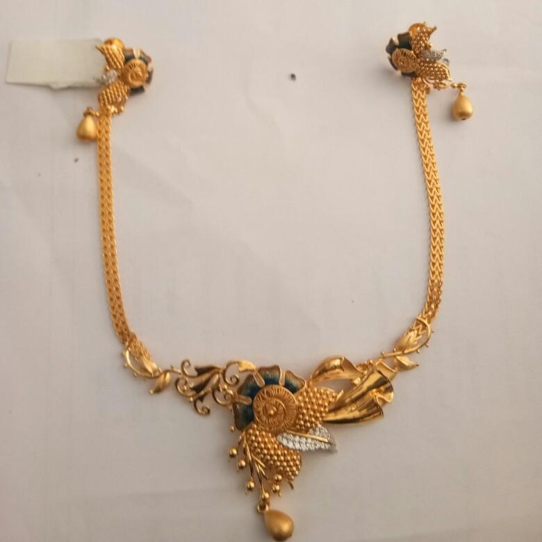 916 Gold hallmark Necklace set OE2370