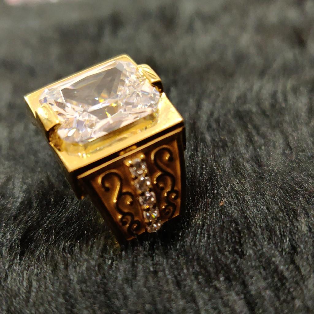Solitaire zents designer ring