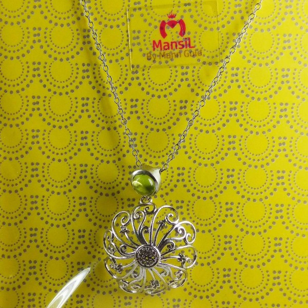 light weight fancy 925 sterling silver chain set flowered with green stone