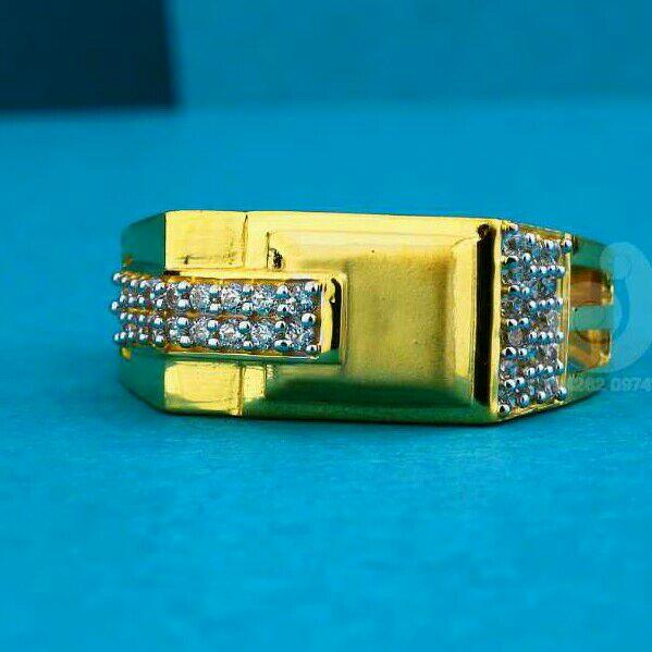 22ct Plain Gold Cz Gents Ring