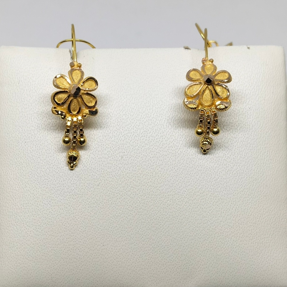 18Kt gold flower design earring dj-e022
